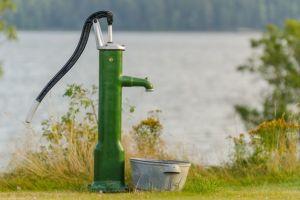 Ручные насосы для откачки воды – принцип действия помпы, виды и применение