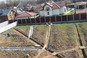 Как быстро избавиться от грунтовых вод на участке: эффективные способы борьбы